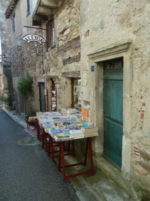 Parler français avec les bouquinistes français