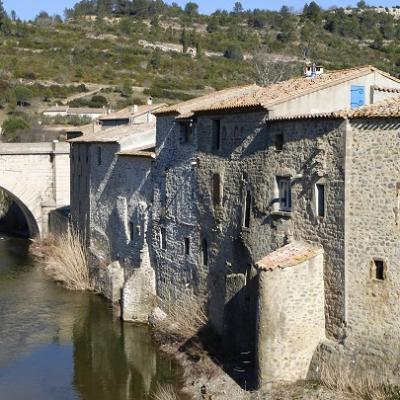 French school and hiking in lagrasse languedoc