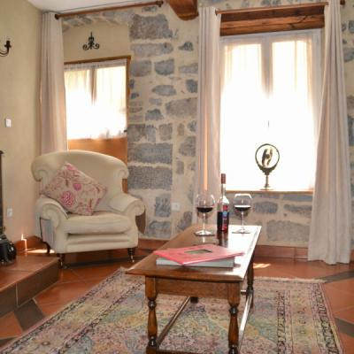 a lovely place to stay in Lagrasse close to your French school