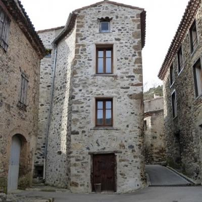 Learn french and discover the charming village of termes