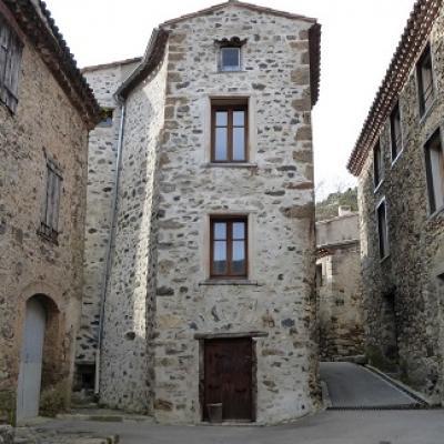 Marche dans le villages français Termes et cours de français