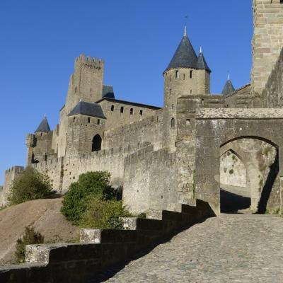 Learn french and visit medieval carcassonne