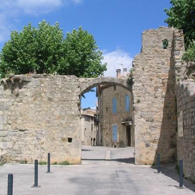 Visit lagrasse aude and learn french